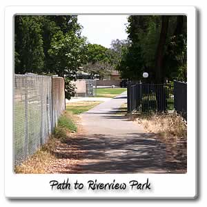 path to riverview park